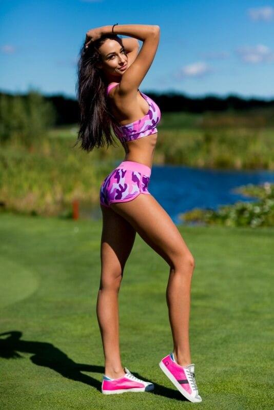 Комплект Como Pink (топ+шорты) - Designed For Fitness