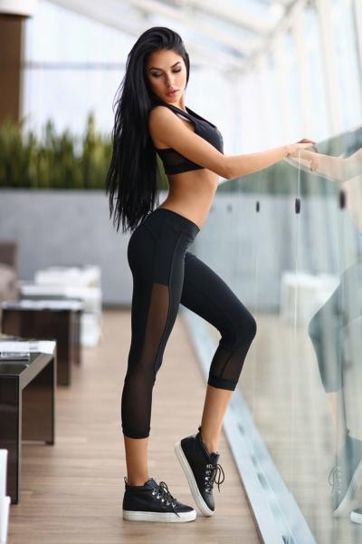 Комплект Black Net (топ+бриджи), фото №1 - Designed For Fitness