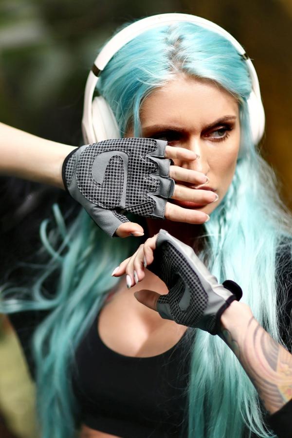 Женские перчатки для фитнеса Silver, фото №1 - Designed For Fitness