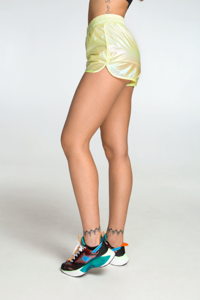 Спортивные шорты для фитнеса Rainbow Yellow DF, фото №1 - Designed For Fitness